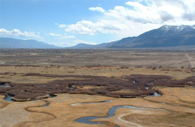 The arid Owens River Valley in 2003.                                             (Daniel Mayer)