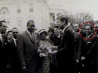 Kendrix, (circled in red), with fellow members of the Capital Press Club in an undated photo.                                             (Alexandria Black History Museum)