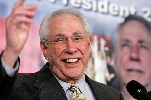 Mike Gravel announces his bid for the presidency at a National Press Club news conference.                                             (Win McNamee/Getty Images)