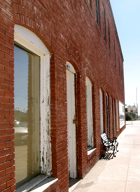Another Old West Marfa building.                                             (Neille Ilel)