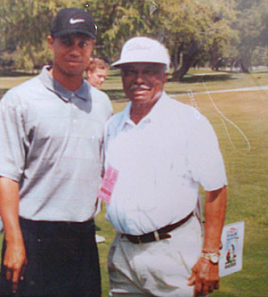 Long before Tiger Woods revolutionized the game of golf, Al Duhon was helping to break racial barriers. The 1982 U.S. Senior Amateur champion often teaches at Woods' golf clinics.                                             (Charlie Schroeder)