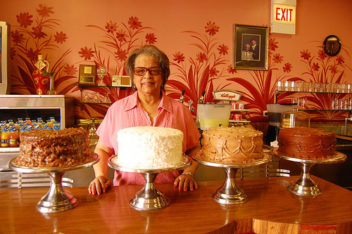 Edna Stewart behind the counter at her Chicago restaurant.                                             (Amy C. Evans)
