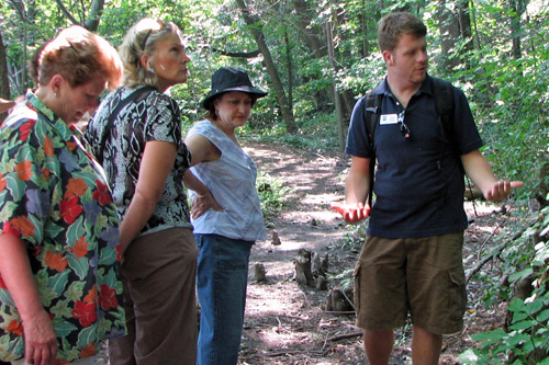 Naturalist Justin Graves explains some finer points of botany to be found on Lake View Cemetery's new nature trail.                                             (Mhari Saito)