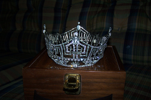A picture of the 1968 Miss America crown.                                             (Missy Belote)