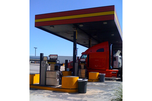 The Liberty Fuel Travel Center is a popular truck stop for independent truckers on the route from Phoenix to LA.                                             (Rene Gutel)